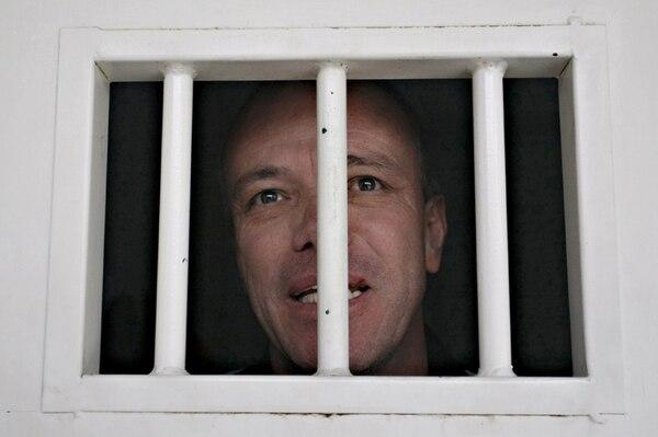 Popeye aparece acá en agosto del 2009, durante una entrevista mientras purgaba su condena en la cárcel de Boyacá. Fue liberado exactamente cinco años después del día que se tomó esta foto, en agosto del 2014. Y recapturado, el viernes 25 de mayo del 2018. FOTO AFP/Javier Nieto-EL TIEMPO