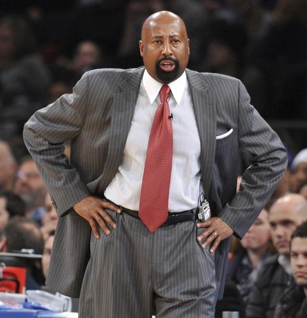 Mike Woodson en uno de los encuentros de los Knicks.