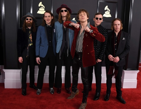 Cage the Elephant, ganadores del premio al mejor álbum de rock por 'Tell Me I'm Pretty'.