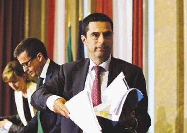 El ministro de finanzas de Portugal, Vitor Gaspar, habló ayer con la prensa sobre los logros. | AFP