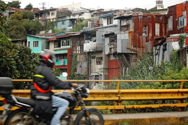 La pobreza total de Costa Rica se elevó hasta el 21,1% de los hogares, en el 2018, desde el 20% el año pasado. Foto: John Durán.