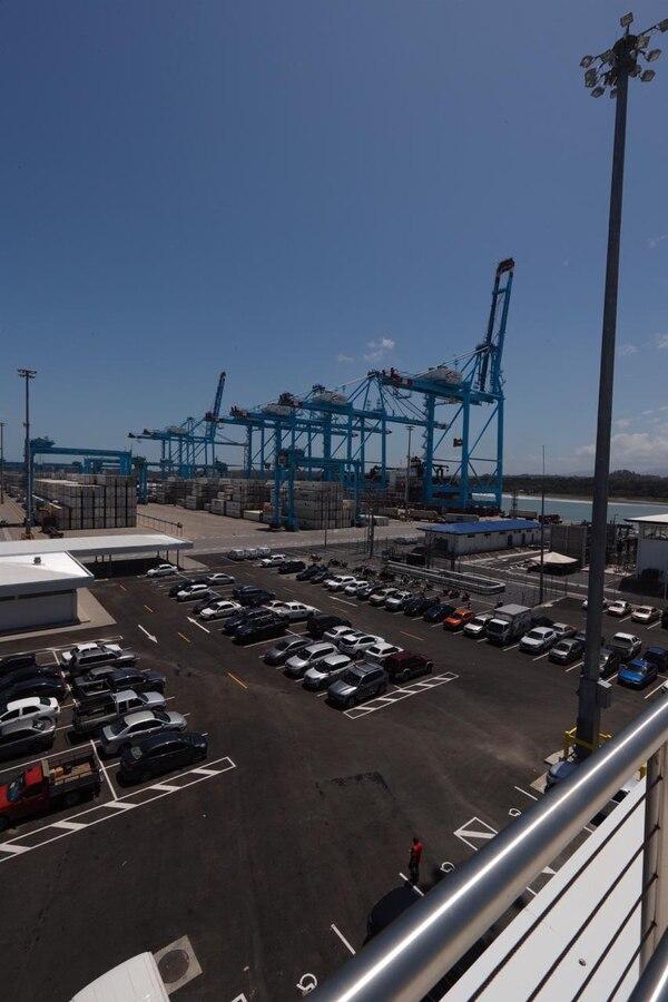 El primer puesto de atraque comenzó a operar en octubre y desde entonces ha atendido 90 barcos. Fotografía: José Cordero