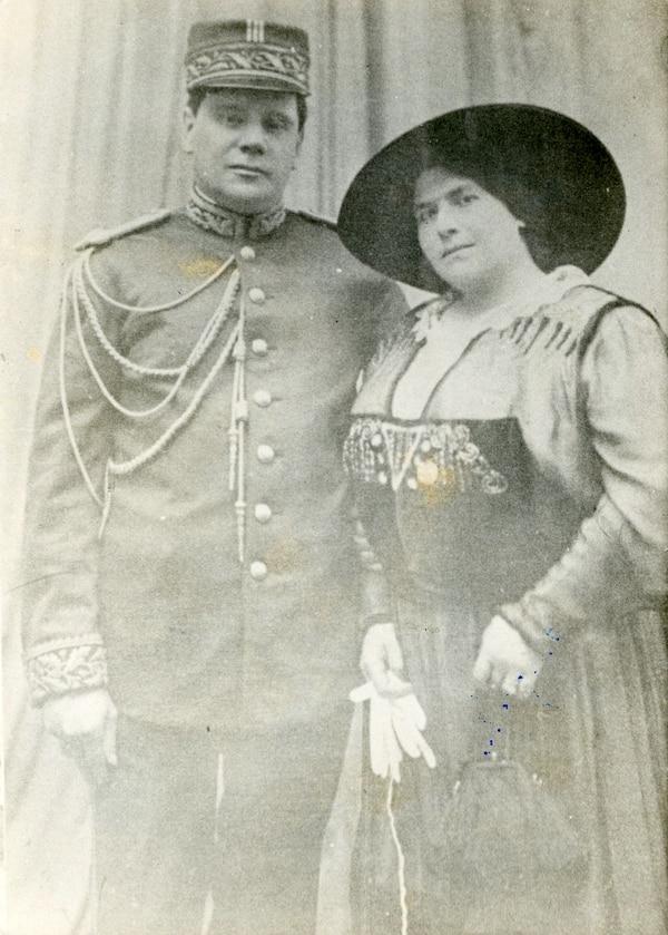Federico Tinoco Granados y su esposa. Archivo LN