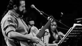 Adrián Goizueta va 'nuevo de nuevo' con su Grupo Experimental
