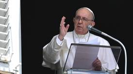 Papa saluda a Perú luego de toma de poder del presidente Pedro Castillo