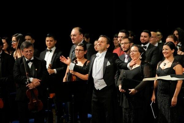 Alejandro Gutiérrez es el director titular de la Orquesta Sinfónica de la Universidad de Costa Rica. (Mayela López)