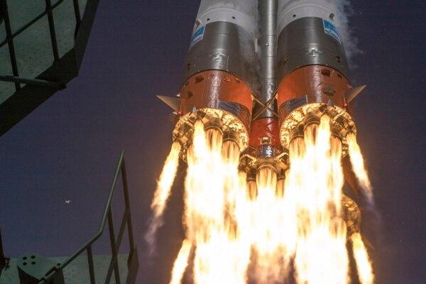 La nave espacial rusa Soyuz MS-16 camino hacia la Estación Espacial Internacional, el 9 de abril del 2020. Partió con tres tripulantes, entre ellos el estadounidense Chris Cassidy.