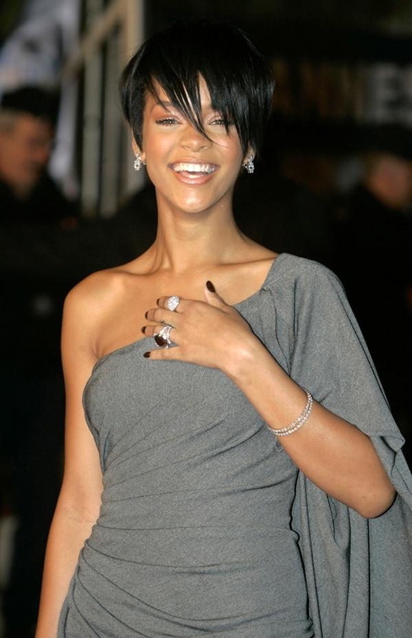 Rihanna es considerada por la prensa de farándula como una de las mujeres más sensuales del espectáculo. | FOTO: AP