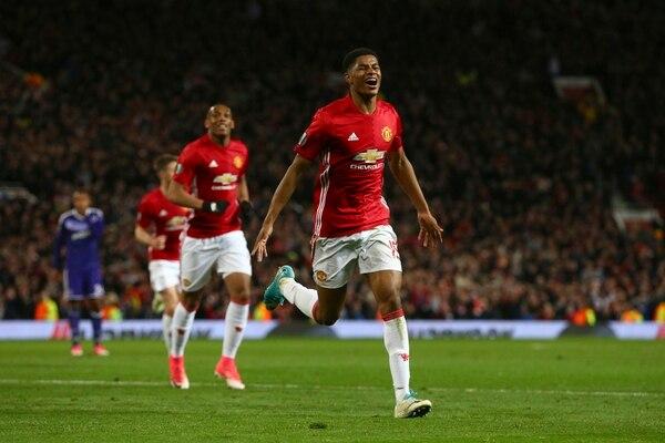 Marcus Rashford celebra el gol que clasificó al Manchester United