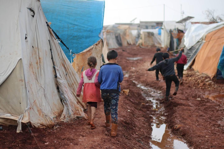 La pobreza y el desempleo  amenazan la educación de niños y jóvenes refugiados, quienes corren el riesgo de verse obligados a trabajar para ayudar a sus familias. Ahmed Akacha