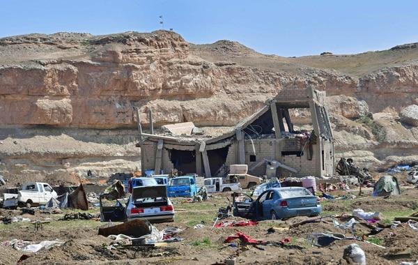 Fotografía del último bastión del Estado Islámico en el poblado de Baghuz, al este de Siria, luego de la derrota del grupo yihadista, este sábado. Foto: AFP.