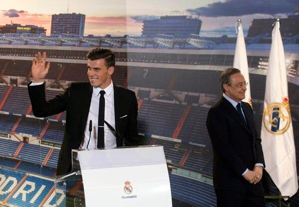 Gareth Bale durante su presentación con el Real Madrid.