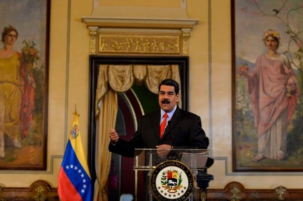 El presidente de Venezuela, Nicolás Maduro, atendió consultas de corresponsales en el Palacio Presidencial de Miraflores en Caracas, el 15 de febrero del 2018.