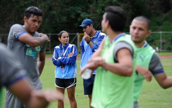 Jimena Rojas se visualiza durante un par de temporadas con el equipo de la UCR. Su sueño es dirigir selecciones femeninas. | FOTO: GRACIELA SOLÍS