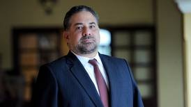Eduardo Trejos, exdirector de la DIS, sustituye a Ottón Solís como director ante el BCIE