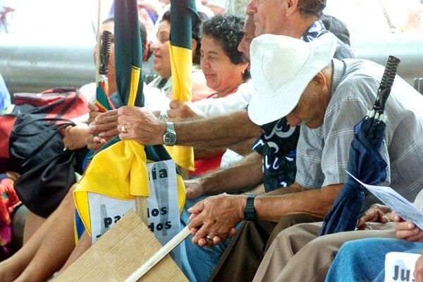 Los afectados por el uso del Nemagón tienen décadas en la batalla por una indemnización. Aquí en una manifestación en mayo de 2004. | ARCHIVO