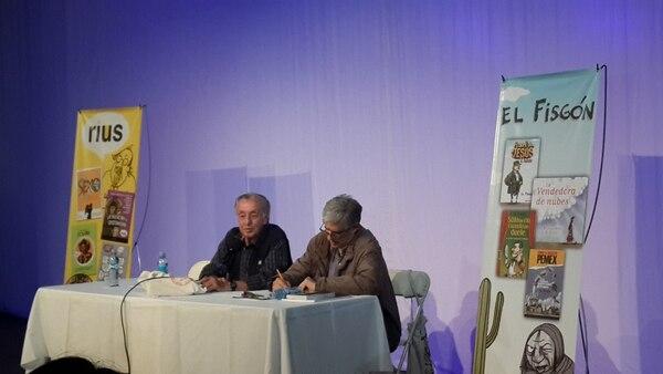 Eduardo del Río y Rafael Barajas participaron en un conversatorio, en el Teatro La Aduana.