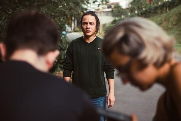 En Muerte súbita, el actor Michael Dionisio Morales encarna a Rolando.