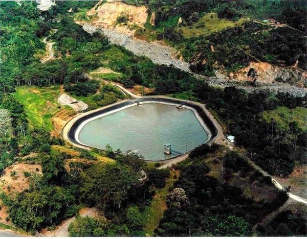 El embalse de la Planta Hidroeléctrica Río Lajas, ubicado en el cantón de Turrialba, Cartago, tiene 10 megavatios de potencia y estrenó operaciones a finales de la década de 1990. Este es uno de los proyectos privados que vende su energía al ICE. | FOTO CORTESÍA DE HIDROELÉCTRICA RÍO LAJAS, CON FINES ILUSTRATIVOS.