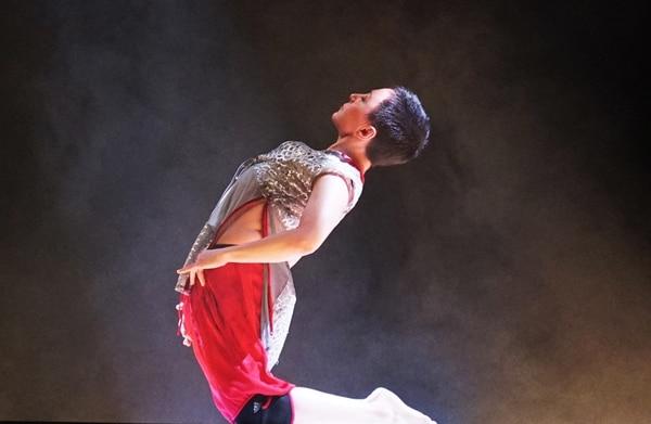 Gabriela Medina presentó Always . Cortesía de Ana Mariela Rodríguez /Teatro Nacional.