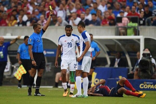 El nombramiento del árbitro hondureño Óscar Moncada volvió a detonar el enfrentamiento entre el entrenador de Panamá, Hernán Darío Bolillo Gómez, y Jorge Luis Pinto, estratega de Honduras. | AFP