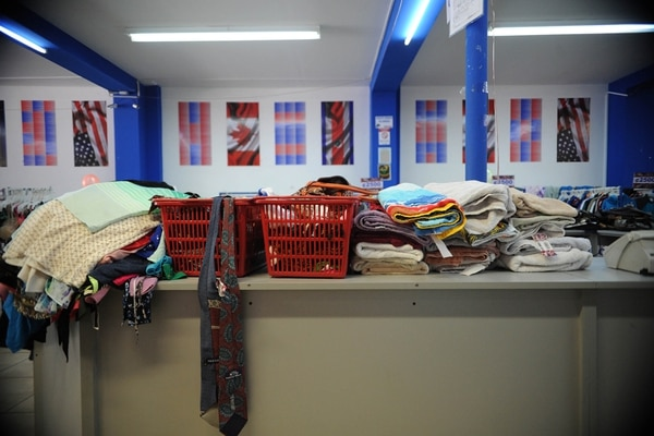 eb4fa6f6f Tiendas de ropa americana  micromundos de segunda mano - La Nación