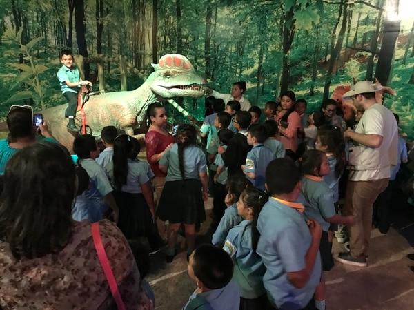 Grupos de centros educativos pueden organizarse para visitar el Dinoworld Xtreme. Este tipo de excursiones contarán con precios especiales. Cortesía de Dinoworld Xtreme