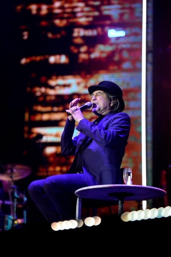 El poeta español repasó sus éxitos de siempre e interpretó varias piezas nuevas. Fotografía: Diana Méndez.