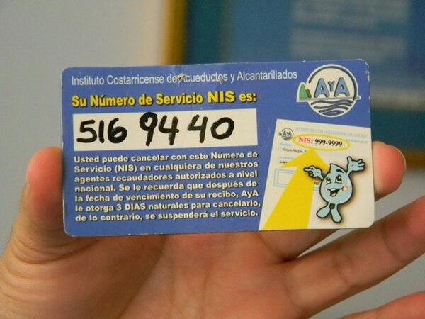 En la foto se muestra uno de los números únicos para el abonado que debe usar para pagar el servicio. MARIO GUEVARA | MARIO GUEVARA