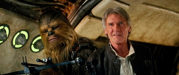 La presencia de Harrison Ford, como Han Solo, y Chewbacca, conmueven a los fanáticos de la saga. Romaly para LN