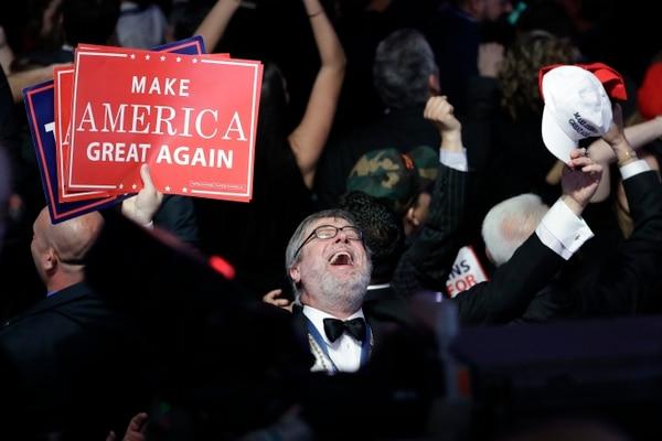 Lema de la campaña de Donald Trump.