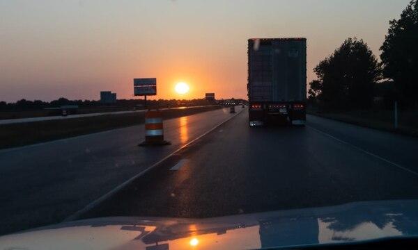 Hacer viajes por carretera entre estados puede resultar más conveniente en algunos casos, puede los ingresos por aeropuertos pueden obligar a cuarentenas, si el estado de donde se proviene es de alto contagio. Foto. David Vargas