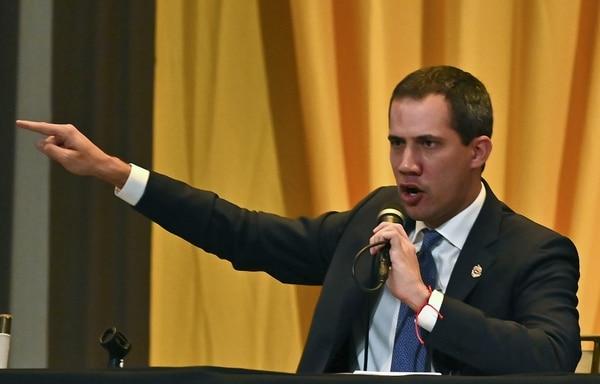 Juan Guaidó dirigió un mensaje a la sesión plenaria de la Asamblea Nacional, que se reunió el 4 de marzo del 2020 en el auditorio de un centro educativo en Caracas.