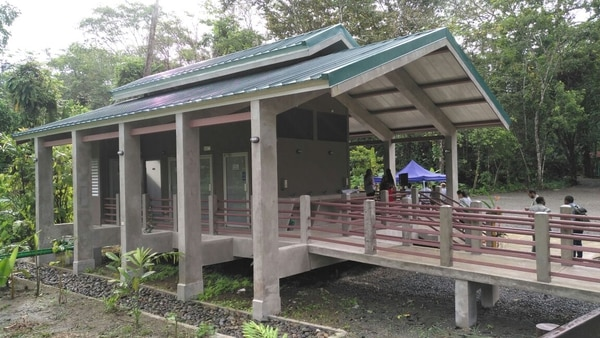 En el centro operativo de Cahuita, los turistas podrán encontrar a los operadores turísticos y guías.