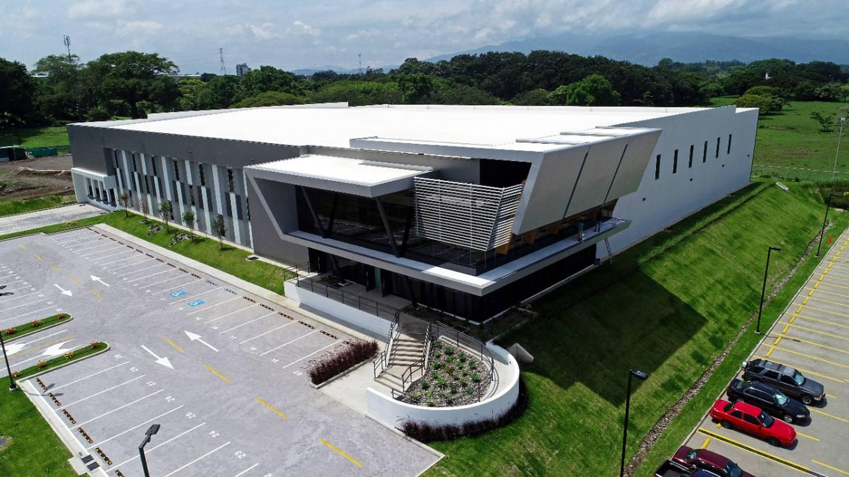 En solo cinco años, Segnini Exportaciones (Segex) creció de una instalación de 1.600 metros cuadrados a un modeno edificio de 5.000 metros cuadrados, en Zona Franca Coyol, Alajuela. Foto: Cortesía