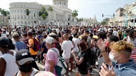 Presidente de Cuba busca un consenso que sigue sin fraguar
