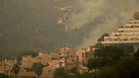 Devastador incendio en el sur de España genera nuevas evacuaciones