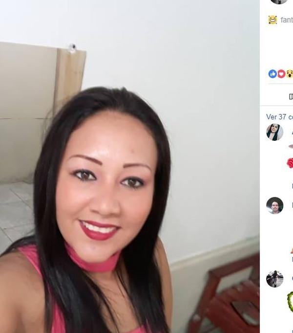 La fallecida era oriunda de Golfito y tenía dos años de casada con Robert Durán, mecánico que conducía el Hyundai en el que también murió el hijo de la mujer. Foto tomada del Facebook.