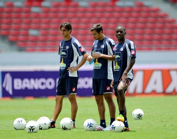 Bryan Ruiz, Celso Borges y Joel Campbell se entrenaron la mañana de este jueves en el Estadio Nacional como preparación para el partido de mañana contra Estados Unidos.