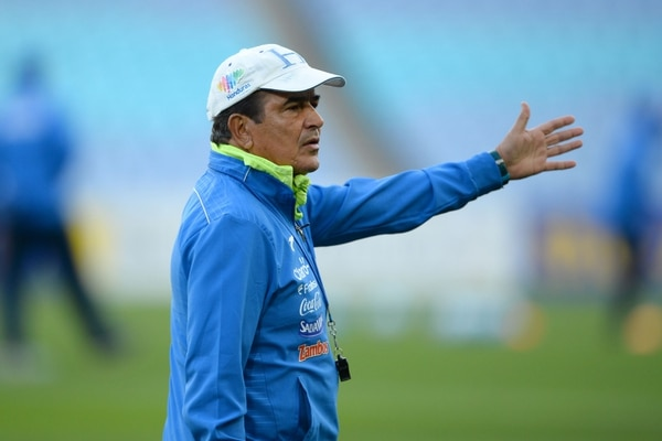 Jorge Luis Pinto no pudo clasificar a Honduras al Mundial y eso lo tiene muy dolido. Foto: AFP