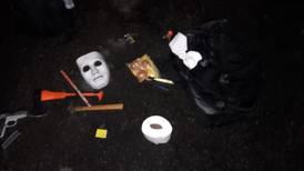 Tres adolescentes ingresaron con arma de fuego y máscaras a colegio para supuesto robo de examen