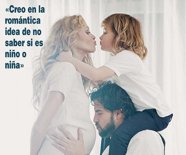 Esta es la fotografía con la cual Paulina Rubio confirmó su embarazo.