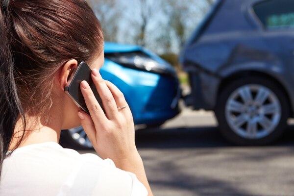 La campaña busca que las personas sepan cómo reaccionar para ayudar a las víctimas de un accidente de tránsito. Lo más importante es reportar el suceso al 911. Shutterestock