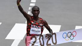 Maratonista keniano Eliud Kipchoge revalida su título olímpico