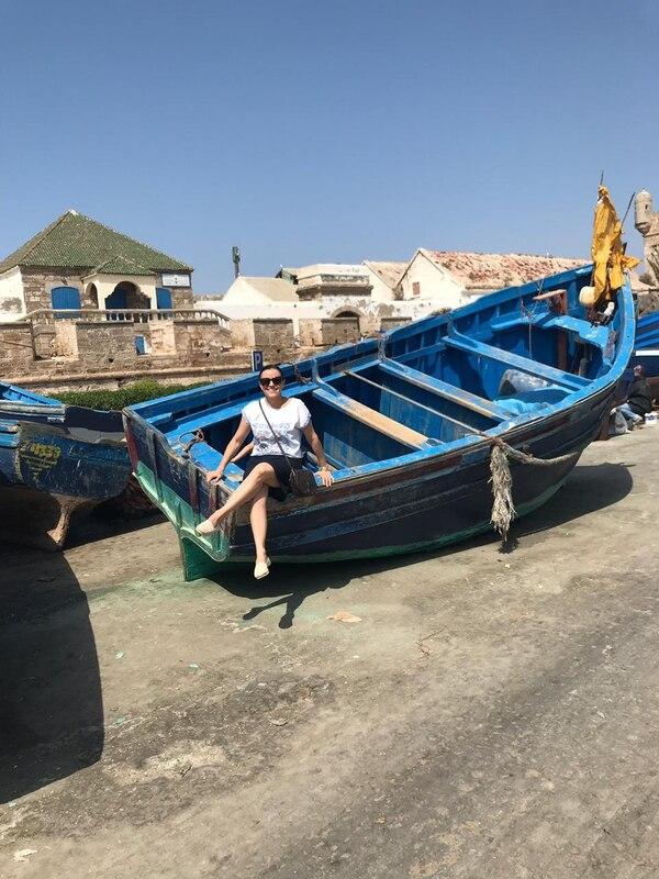 Paula Marcel Villegas Morera en la ciudad costera de Essaouira, Marruecos.