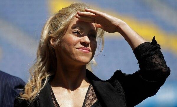 La cantante colombiana Shakira durante un evento de beneficiencia en Barcelona. La intérprete fue señalada por presunta evasión fiscal en España. Foto: AP/Manu Fernandez.
