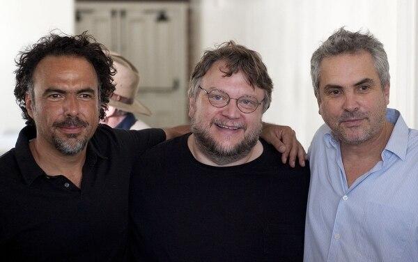 Alejandro Gonzalez Iñárritu, Guillermo del Toro y Alfonso Cuarón se manifestaron en contra de una ley que pretendía eliminar los fondos para el desarrollo del cine mexicano. Fotografía: AP
