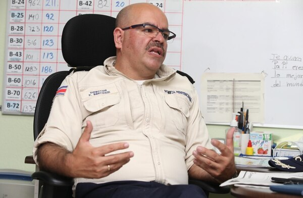 Pablo Bertozzi, director de la Policía Penitenciaria, alega que la labor del cuerpo policial va más allá de la contención en cárceles. Foto: Graciela Solís