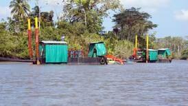Daniel Ortega duplica cantidad de dragas en isla Calero