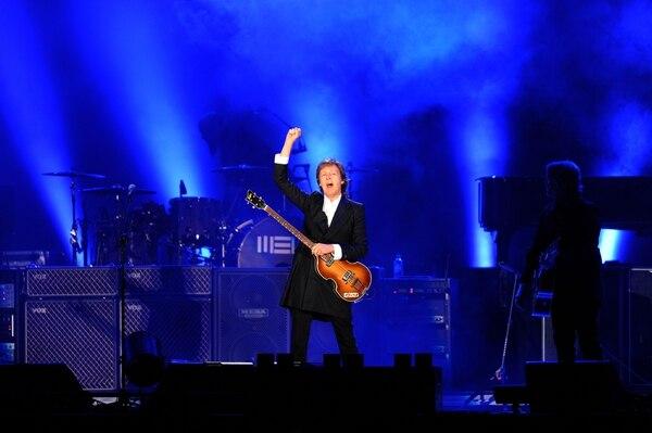 Paul McCartney hizo vibrar a 45.000 uruguayos en el estadio Centenario de Montevideo, el 19 de abril del 2014.